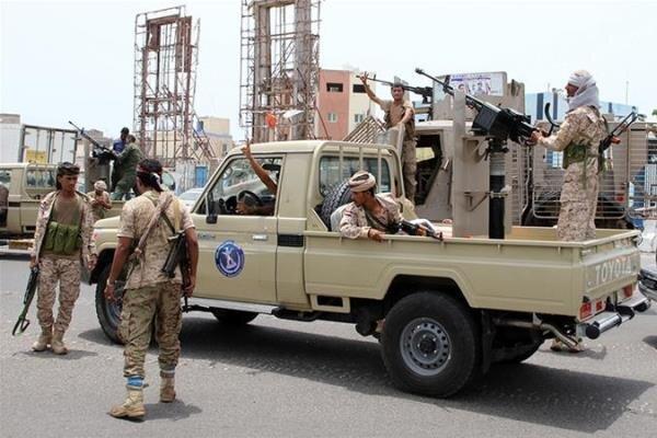 شورای انتقالی جنوب یمن عقب نشینی از مراکز نظامی عدن را تکذیب کرد