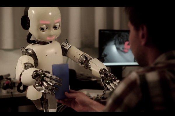 ساخت ربات با توان یادگیری بالا توسط محقق ایرانی دانشگاه تورنتو