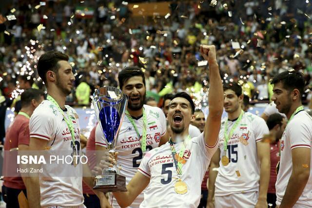 محمدرضا عارف قهرمانی تیم ملی والیبال را تبریک گفت