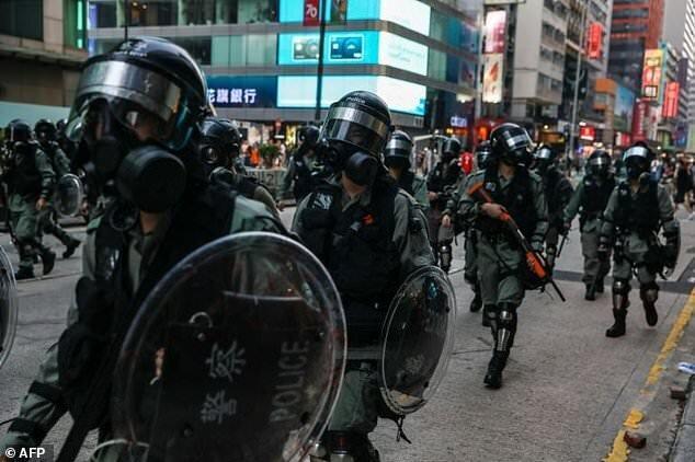 دادگاه هنگ کنگ: ممنوعیت انتشار اطلاعات پلیس از جمله تصاویر آن ها
