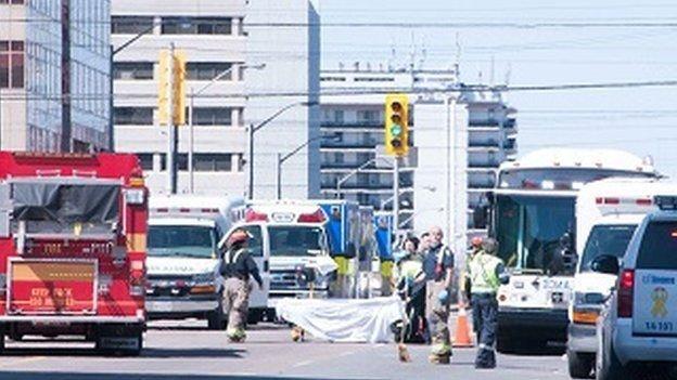آمار تلفات اصابت خودرو به رهگذران در تورنتو به 10 کشته و 16 زخمی رسید ، هویت مظنون شناسایی شد