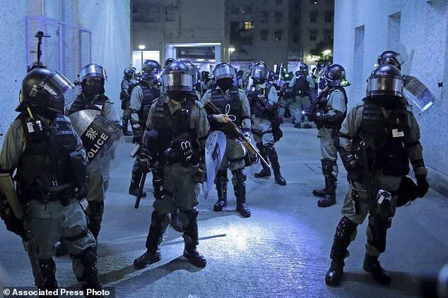 تنش ها در هنگ کنگ تشدید می گردد