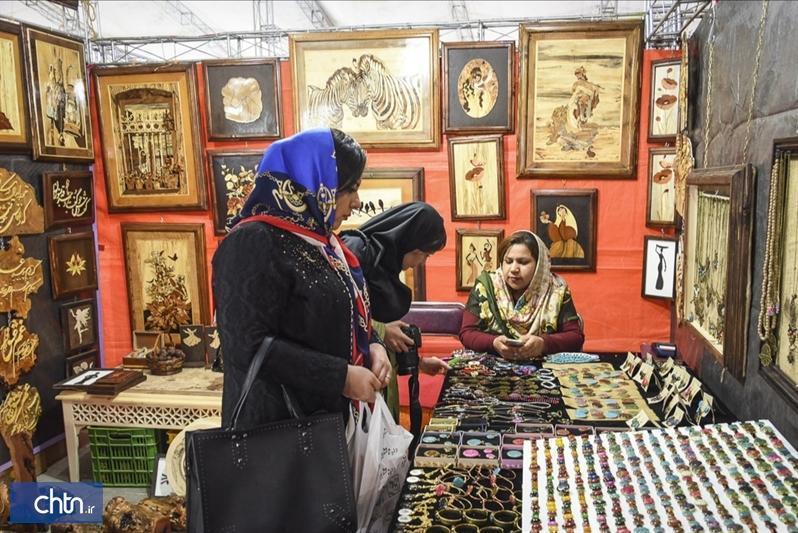 نمایشگاه صنایع دستی شب یلدا در ساری افتتاح شد
