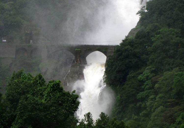 راهنمای سفر به گوا با بهشت هندوستان بیشتر آشنا شوید