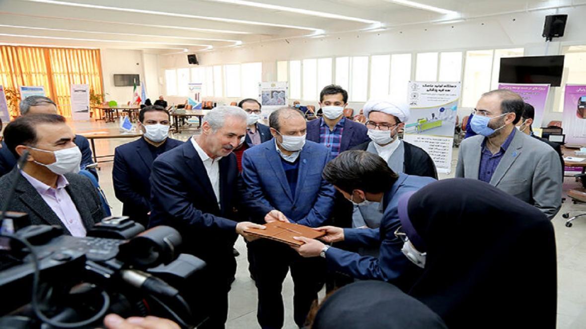 نمایشگاه دستاورد های مرکز رشد و نوآوری دانشگاه تبریز افتتاح شد