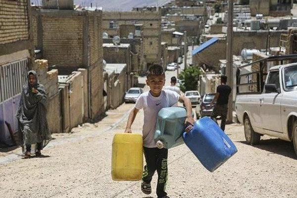 مشکل تامین آب شرب در چند قدمی شیراز! ، کسی جوابگوی قحطی آب نیست