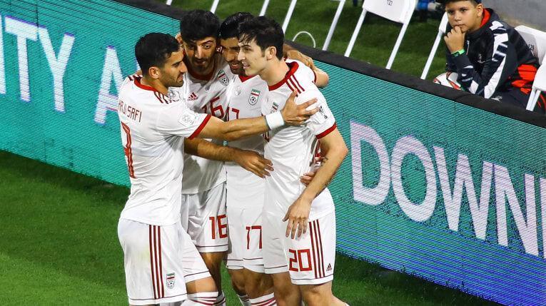 خبرنگاران کرونا، حساس ترین روز فوتبال ایران را به تعویق انداخت