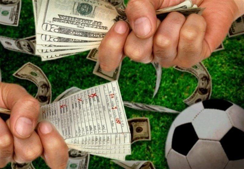ماجراهای عجیب شرط بندی در فوتبال ایران؛ دستگیری 800 نفر با فیلم یک بازی