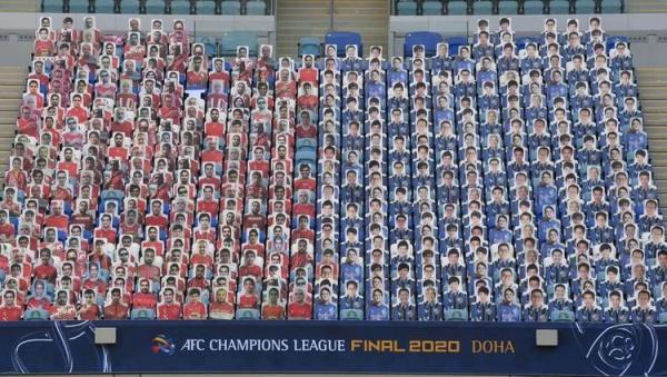 (عکس) هواداران پرسپولیس در ورزشگاه فینال لیگ قهرمانان آسیا