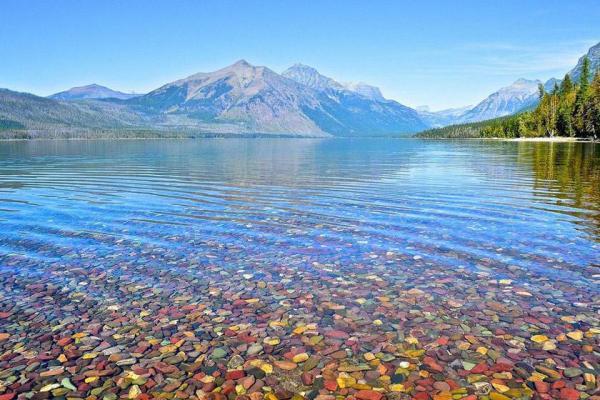 سفر به آمریکا: دریاچه های رنگارنگ آمریکا؛ نمایش قدرت و هنر طبیعت