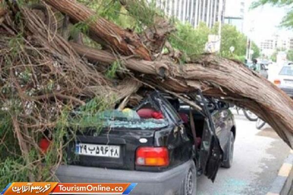 طوفانی با سرعت 100 کیلومتر در ساعت اصفهان را درهم کوبید