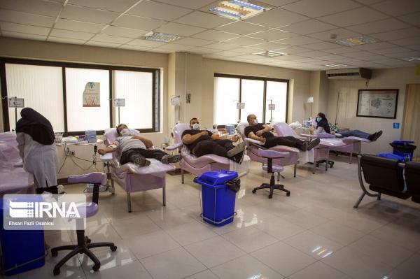 خبرنگاران مرکز انتقال خون روح الله قم در نوروز 1400 پذیرای اهداکنندگان است
