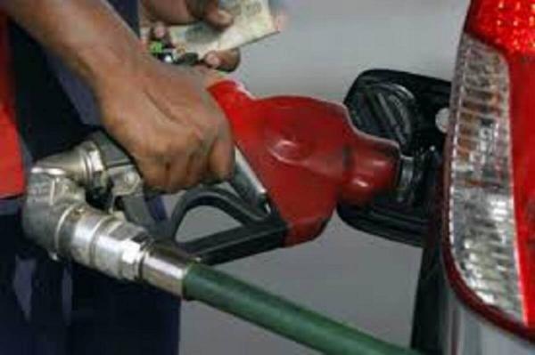 کولاک قیمت بنزین در هند